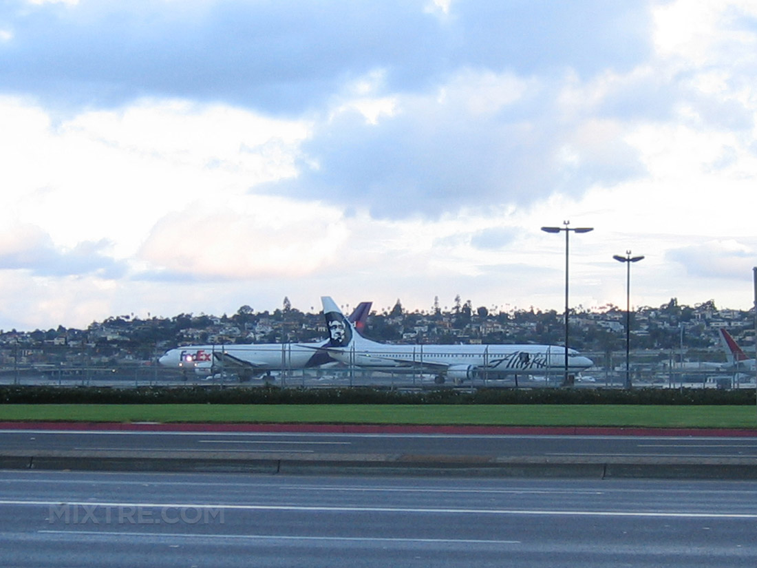 san diego airport embarcadero